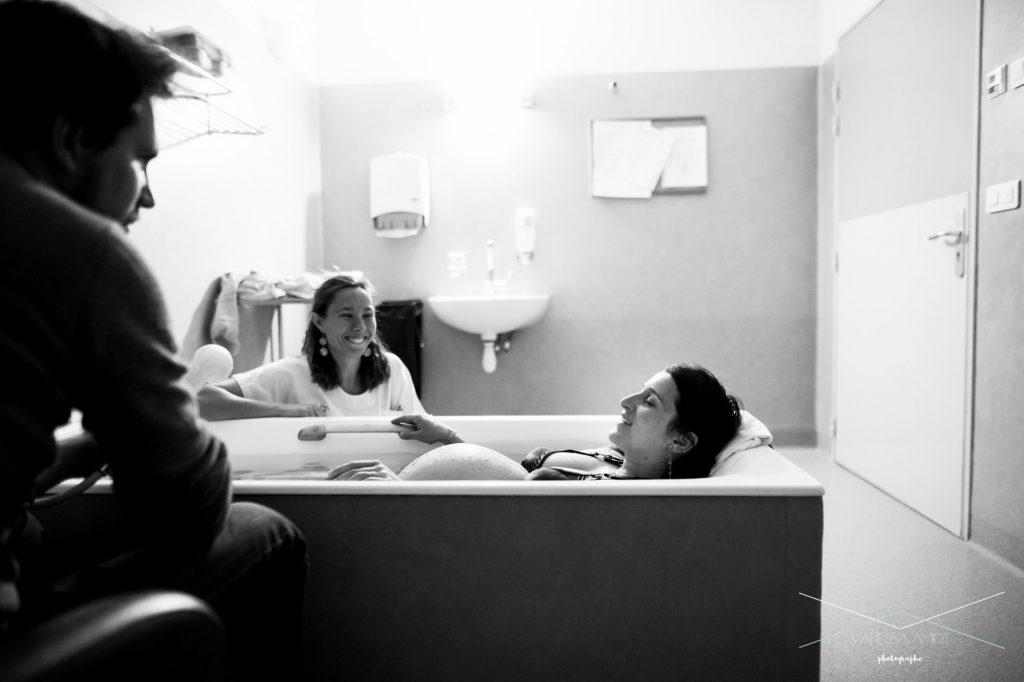 vanessa-amiot-photographe-d-accouchement-haute-savoie