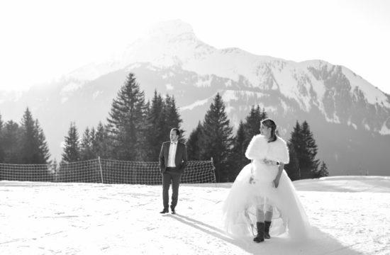 vanessa-amiot-photographie-mariage-d-hiver-décalé-et-fun-à-super-chatel-