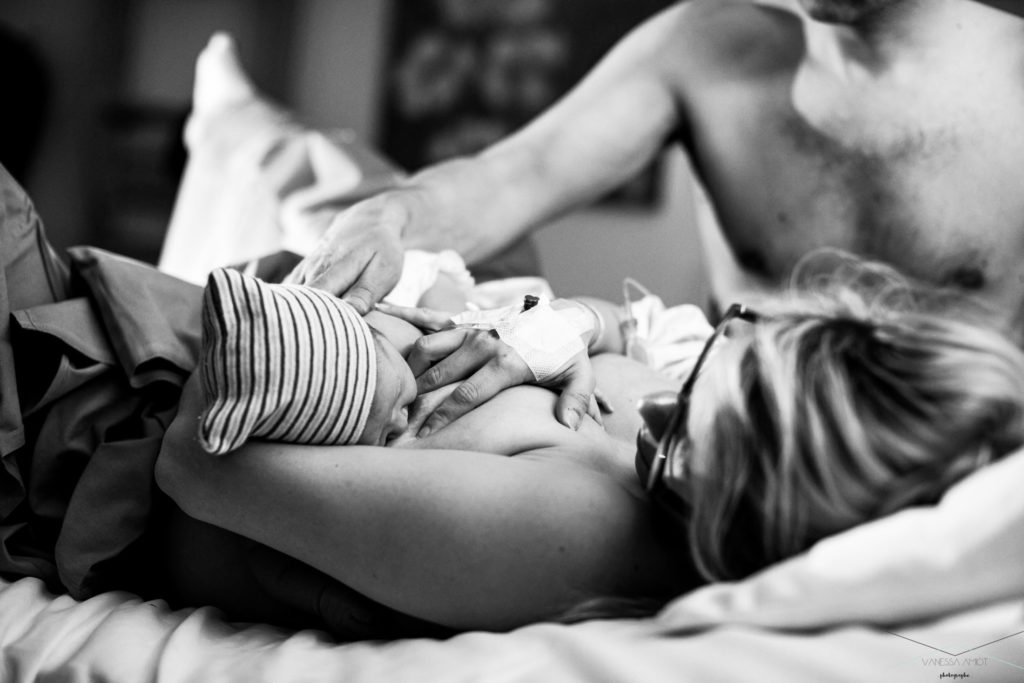 vanessa-amiot-photographe-accouchement-suisse