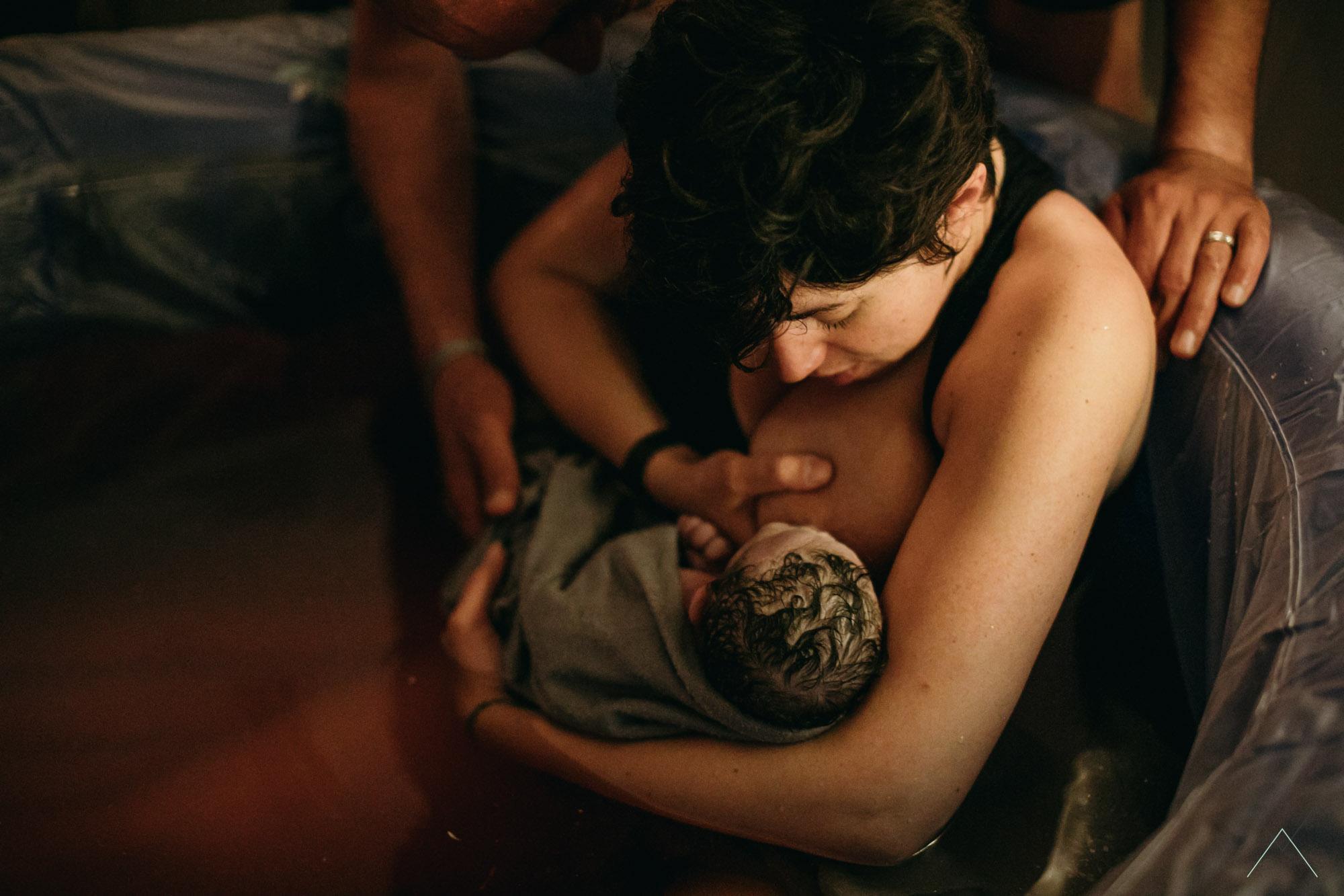 vanessa amiot photographe- accouchement a domicile - aad -photographe grossesse thonon