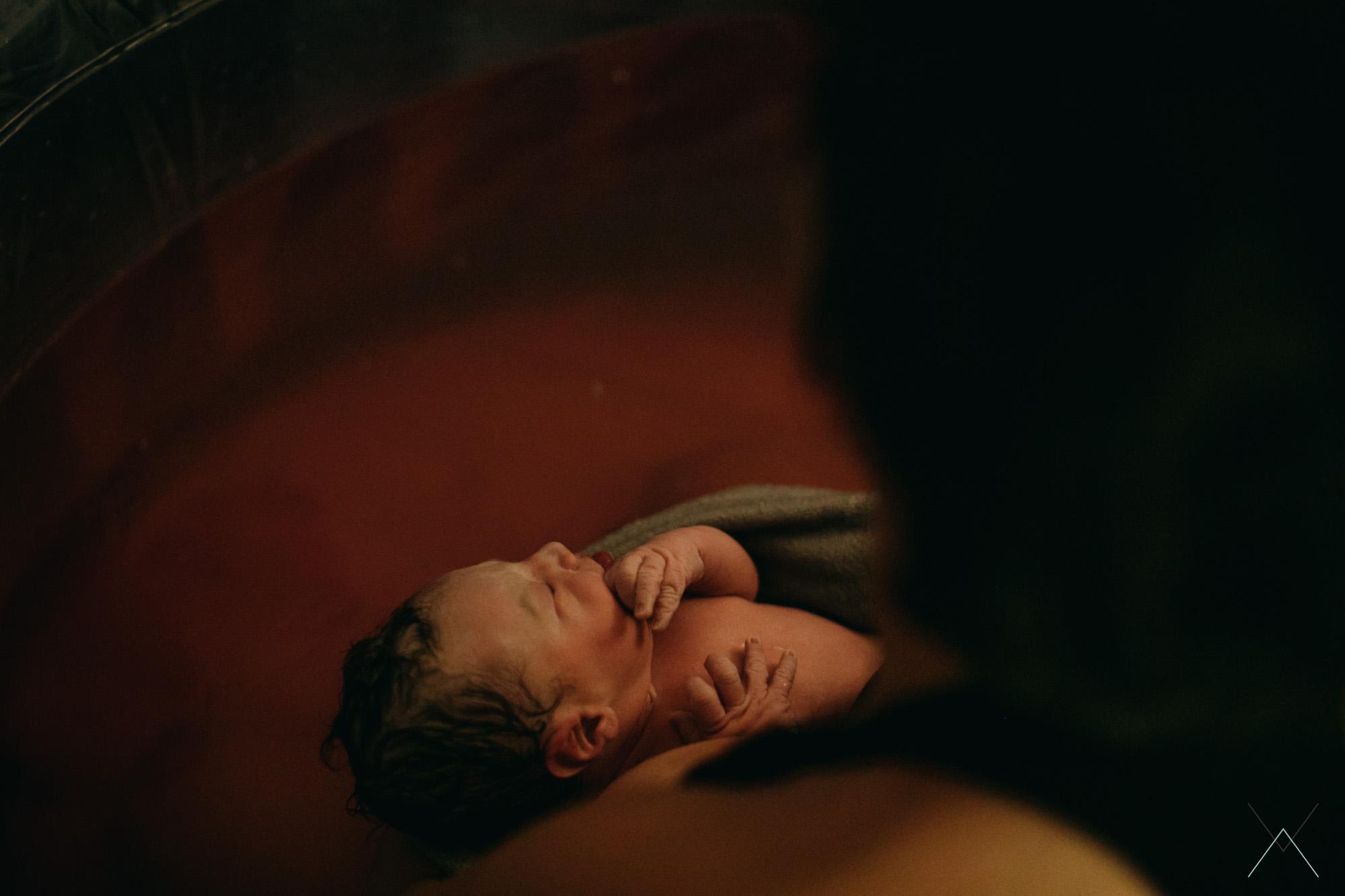 vanessa amiot photographe- accouchement a domicile - aad -photographe thonon - photographe accouchement