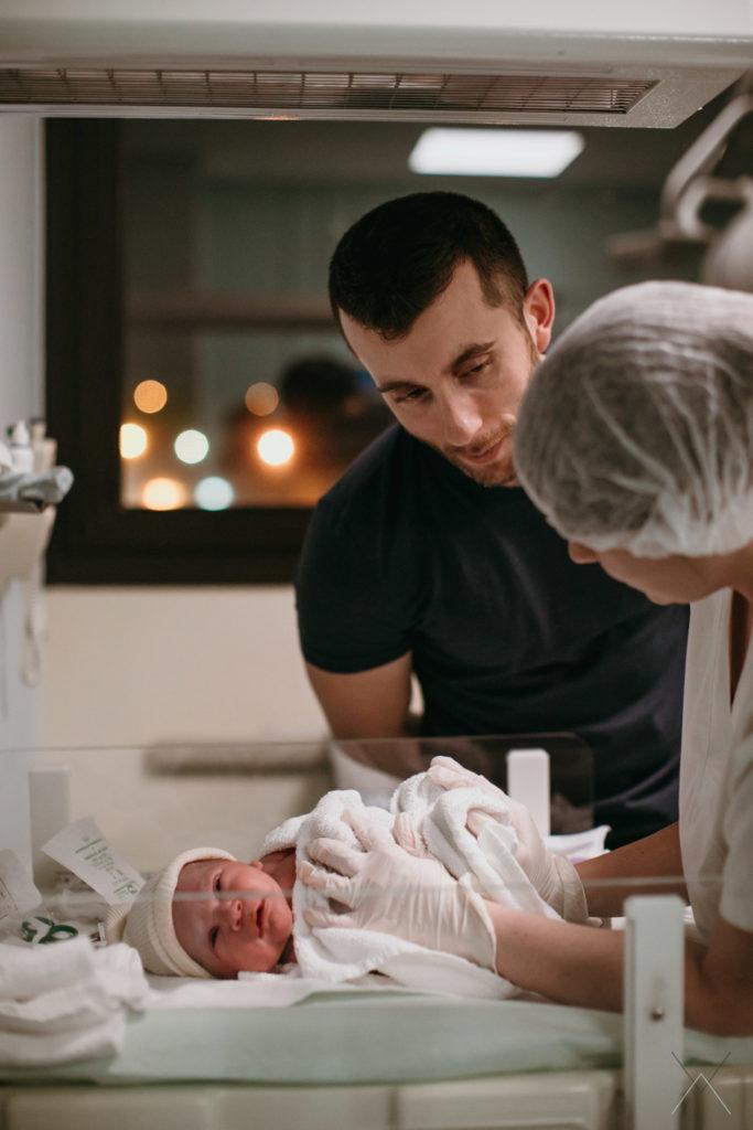 vanessa-amiot-photographe-accouchement-maternité-nouveau-né