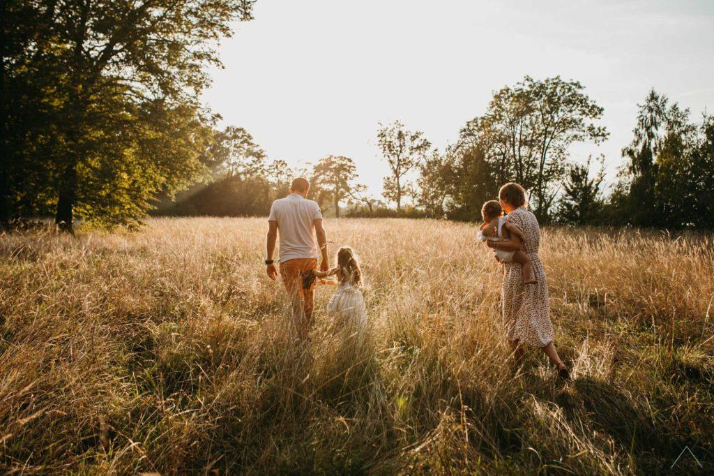 vanessa-amiot-photographe-famille-lifestyle-exterieur-thonon